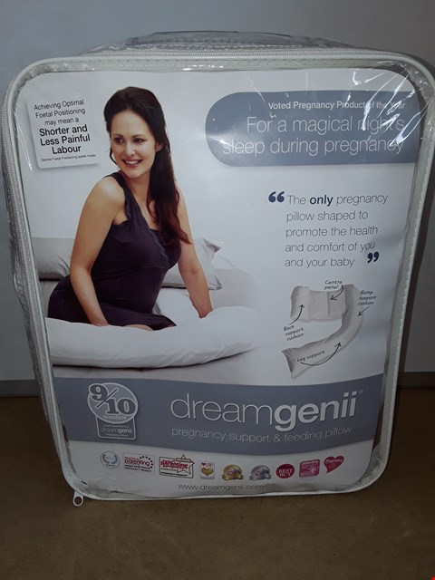 Lot 6085 DREAMGENII PREGNANCY SUPPORT AND FEEDING PILLOW