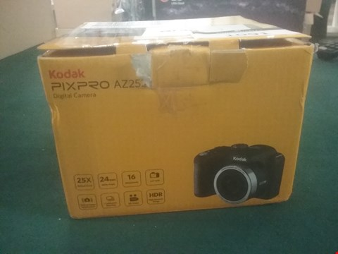 Lot 1091 BOXED GRADE 1 KODAK PIXPRO AZ252 DIGITAL CAMERA RRP £149.99