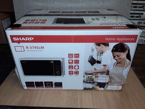 Lot 8095 SHARP R374SLM 25L 900W SOLO MICROWAVE - SILVER RRP £119.99