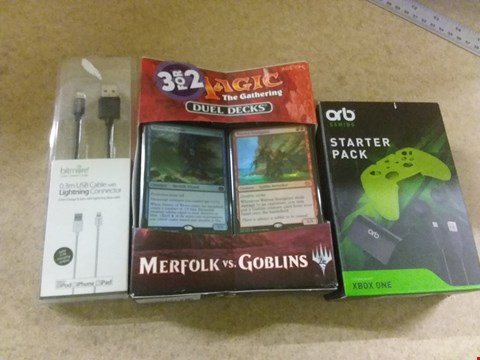 Lot 664 A BOX OF APPROXIMATELY 15 BRAND NEW ITEMS TO INCLUDE A STARTER PACK COMPATIBLE WITH X-BOX ONE, A MAGIC THE GATHERING DUEL DECKS AND A 0.3M USB CABLE WITH LIGHTNING CONNECTOR