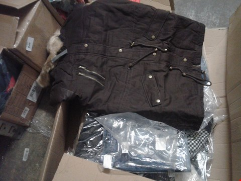 Lot 850 A BOX OF APPROXIMATELY 16 ASSORTED CLOTHING ITEMS TO INCLUDE A BLACK PARKA JACKET AND A PAIR DEMIN JEANS