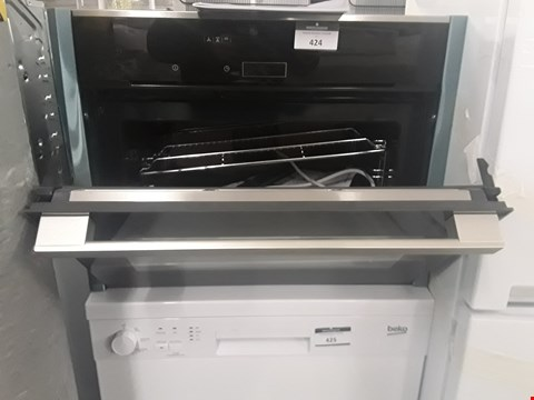 Lot 424 NEFF C17MR02 HIDE AND SLIDE INTEGRATED ELECTRIC OVEN