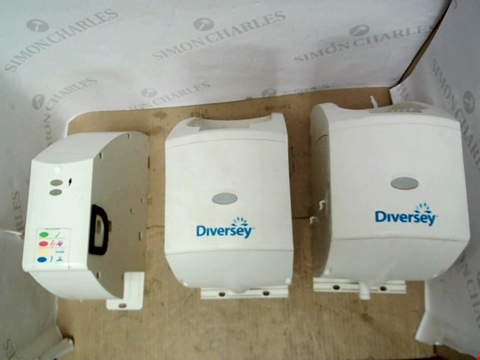 Lot 11623 BOX OF DIVERSEY PARTS TO INCLUDE 3.3 SUMA CNTRLR, 3.3 LQD MDL, 3.3 PWR MODULE