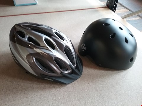 Lot 3007 4 BOXED BRAND NEW CYCLE HELMETS TO INCLUDE 3 RALEIGH AND 1 DIAMONDBACK