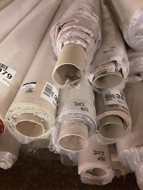 Lot 217 LOT OF 6 ASSORTED ROLLS OF CARPET TO INCLUDE PINK 5X2.1M AND BEIGE 5X1.6M