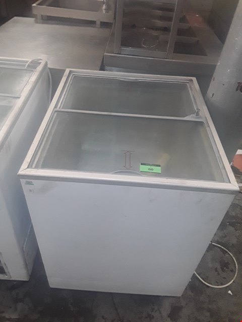Lot 60 TEFCOLD WHITE REFRIGERATED DISPLAY UNIT