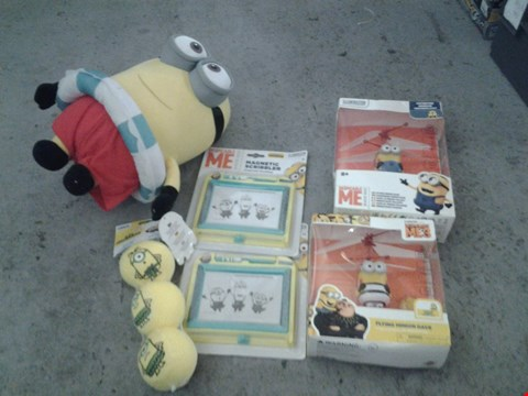 Lot 387 6 ASSORTED MINNION PRODUCTS TO INCLUDE; MAGNETIC SCRIBBLERS, FLYING MINION DAVE AND SOFT TOY