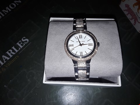 Lot 2014 MICHAEL KORS SILVER SUNRAY AND ROSE GOLD DETAIL TWO TONE GLITZ STAINLESS STEEL BRACELET LADIES WATCH RRP £349.00