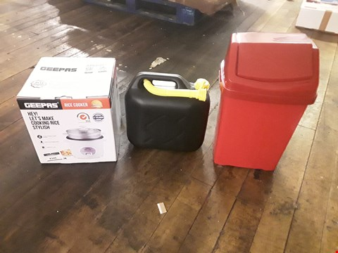 Lot 8349 LOT OF 3 ASSORTED ITEMS TO INCLUDE A BLACK JERRY CAN, A GEEPAS RICE COOKER AND A RED BIN