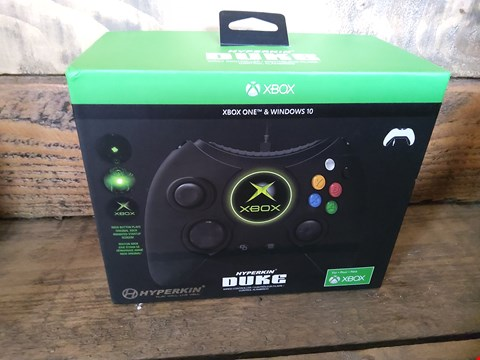 Lot 41 BOXED HYPERKIN DUKE X BOX WIRED CONTROLLER FOR XBOX ONE AND WINDOWS 10