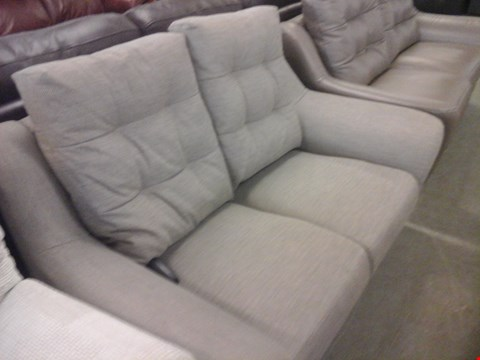 Lot 19 QUALITY BRITISH MADE HARDWOOD FRAMED LIGHT GREY FABRIC 2 SEATER SOFA