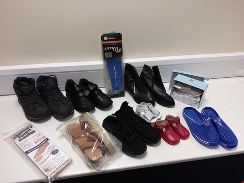 Lot 3049 BOX OF 11 ASSORTED ITEMS TO INCLUDE  9 PAIRS OF FOOTWEAR, INSOLES