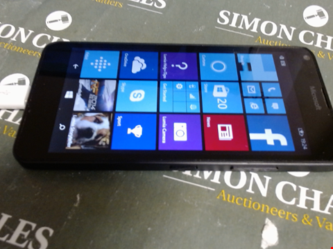 Lot 618 MICROSOFT WINDOWS SMART PHONE