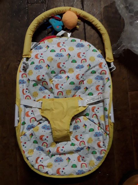 Lot 1553 MOTHERCARE SUNSHINE & SHOWERS BOUNCER RRP £44.99