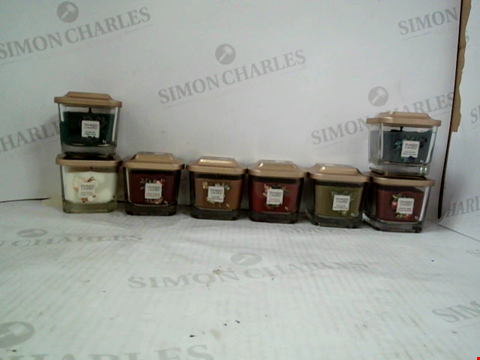 Lot 1221 8 ASSORTED YANKEE CANDLES