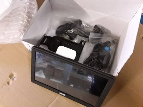 "Lot 35 BOXED 7"" SAT NAV SYSTEM 8GB WITH MOUNT & CHARGER"