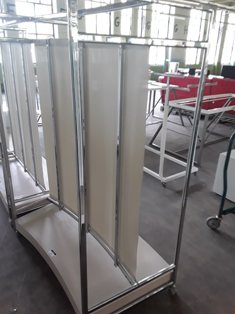 Lot 2071 CURVED DOUBLE SIDED METAL MOVABLE DISPLAY UNIT WITH CANVAS CENTRE DIVIDER
