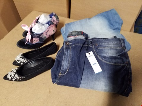Lot 9338 LOT OF APPROXIMATELY 78 ASSORTED CLOTHING ITEMS TO INCLUDE PEARL BALLERINA SHOES, MISH MASH JEANS AND FLORAL HEELED SHOE  (4 BOXES)