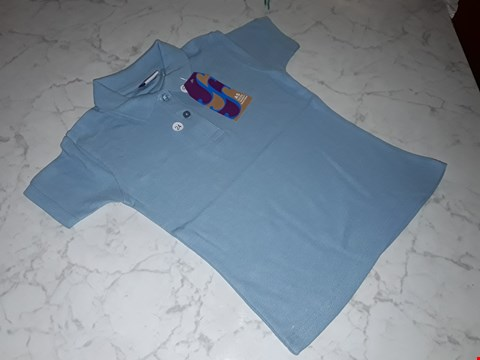 Lot 15101 BOX OF APPROXIMATELY 100 GIRL'S BLUE POLO SHIRTS IN VARIOUS SIZES