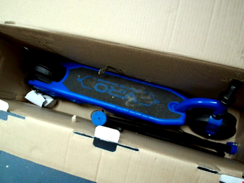 Lot 13737 VIRO RIDES VR 550E ELECTRIC SCOOTER  RRP £179.99