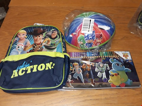 Lot 69 LOT OF 3 GRADE 1 CHILDREN'S ITEMS TO INCLUDE 2x TOY STORY 4 BACKPACK AND COLOURING SETS AND PJ MASKS HELMET