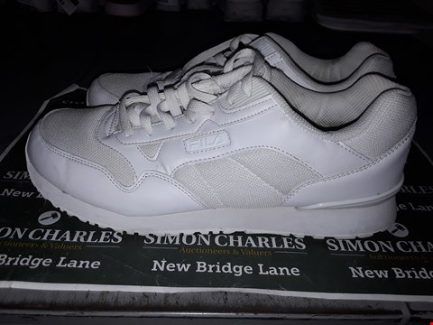 Lot 9037 FILA DESIGNER TRAINERS IN WHITE UK SIZE 10