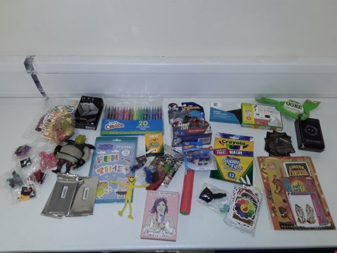 Lot 7205 LOT OF A LARGE QUANTITY OF ASSORTED TOY ITEMS TO INCLUDE LASHREK FIGURINE, TAROT OF THE HOURS DECK, CRAYOLA CHALK, SPIDERMAN BLAST N GO MILES MORALES TOY ETC