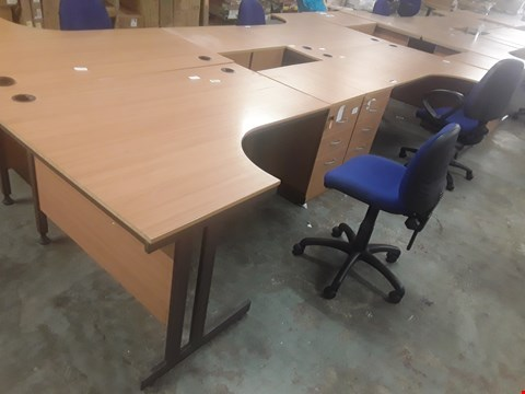 Lot 82 6 ITEMS OF OFFICE EQUIPTMENT: TWO OAK EFFECT CORNER DESKS, TWO 3-DRAWER CHESTS AND TWO OFFICE CHAIRS