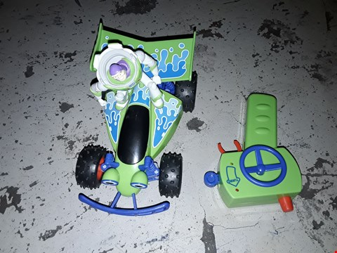 Lot 2271 TOY STORY BUZZ LIGHTYEAR RC TURBO BUGGY RRP £34.99