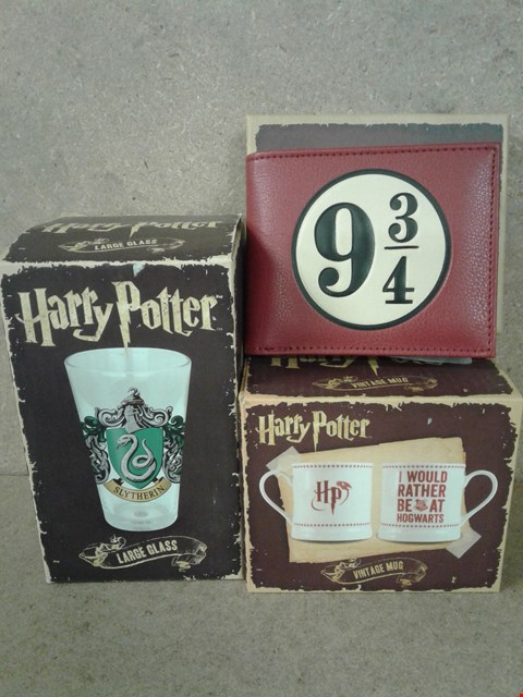 Lot 484 3 BRAND NEW HARRY POTTER ITEMS TO INCLUDE LARGE SLYTHERIN GLASS , VINTAGE MUG AND WALLET