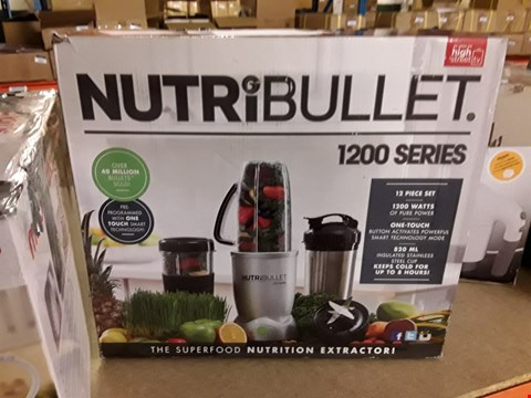 Lot 3016 NUTRIBULLET 1200 SERIES