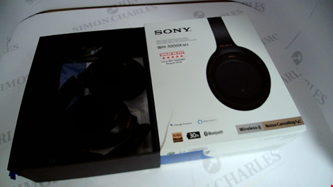 Lot 17320 SONY WH-1000XM3 WIRELESS NOISE CANCELLING HEADPHONES