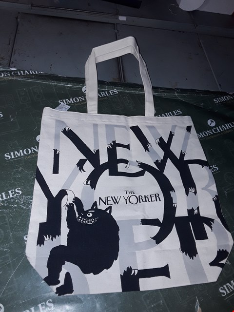 Lot 1338 THE NEW YORKER TOTE BAG