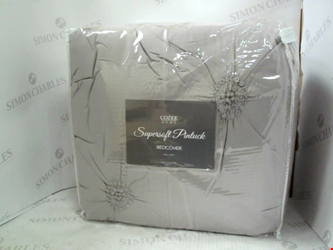 Lot 1215 COZEE HOME SUPERSOFT PINTUCK BEDCOVER 250CM * 260CM