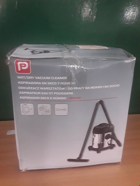 Lot 85 BOXED WET/DRY VACUUM  RRP £30