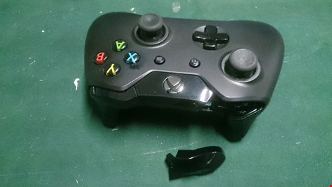 Lot 1458 XBOX ONE WIRELESS CONTROLLER RRP £79.99