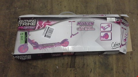 Lot 2517 BOXED PINK LIGHTING STRIKE SCOOTER RRP £31.00