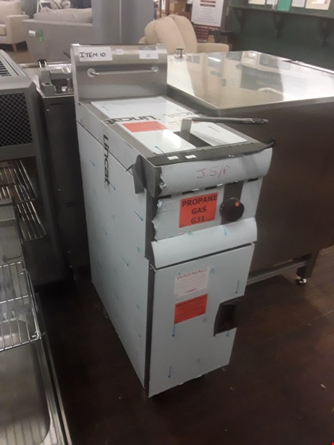 Lot 15 LINCAT J5/P SINGLE F/STAND FRYER RRP £1527