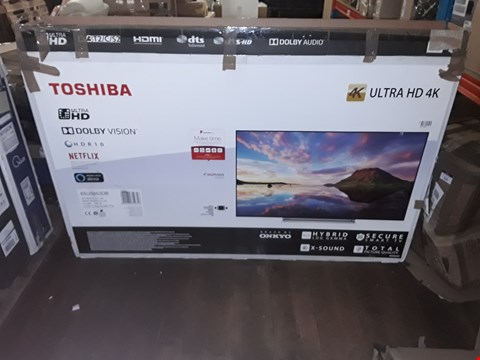 Lot 3704 TOSHIBA 65U5863DB 65 INCH 4K ULTRA HD TELEVISION