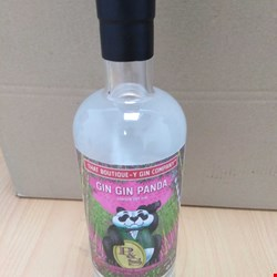 Lot 21 THAT BOUTIQUE-Y GIN COMPANY GIN GIN PANDA LONDON DRY GIN 70CL 46%