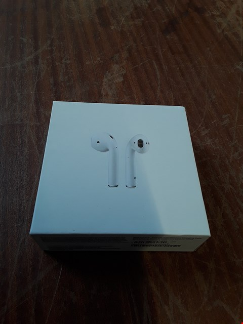 Lot 202 BOXED APPLE AIRPODS WITH WIRELESS CHARGING CASE