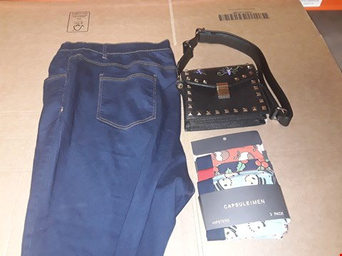 Lot 9415 6 BOXES OF APPROXIMATELY 142 ASSORTED CLOTHING AND FOOTWEAR ITEMS INCLUDING MULTICOLOURED PACK OF 3 MEN'S BOXERS, BLACK SHOULDER BAG AND INDIGO SKINNY JEANS