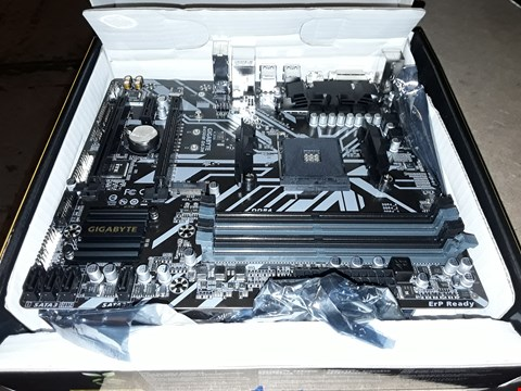Lot 41 GIGABYTE B450M DS3H ULTRA DURABLE MOTHERBOARD