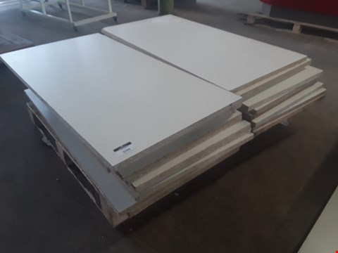 Lot 2048 PALLET OF APPROXIMATELY 24 RECTANGULAR WHITE CHIPBOARD SHELVES