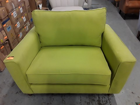 Lot 131 QUALITY BRITISH DESIGNER LIME GREEN FABRIC COPENHAGEN SNUGGLE CHAIR