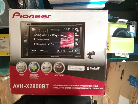 Lot 815 BOXED PIONEER DVD RDS RECEIVER AVH-X2800BT