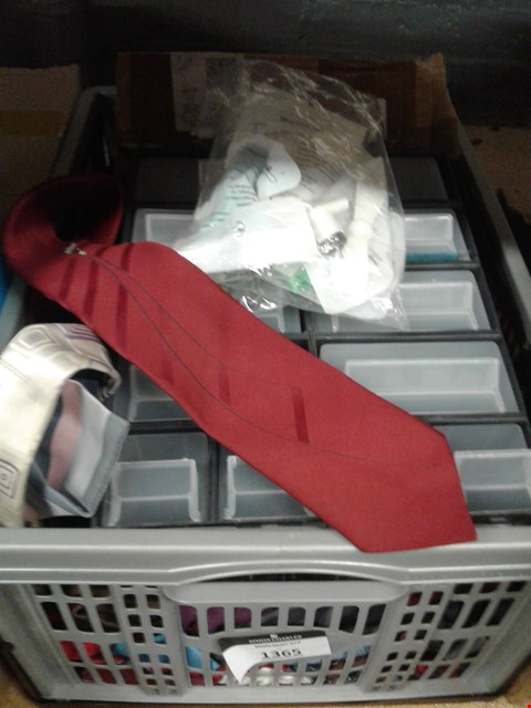 Lot 367 A BOX OF ASSORTED ITEMS TO INCLUDE APPROXIMATELY 20 TIES AND A SELECTION OF USB FANS