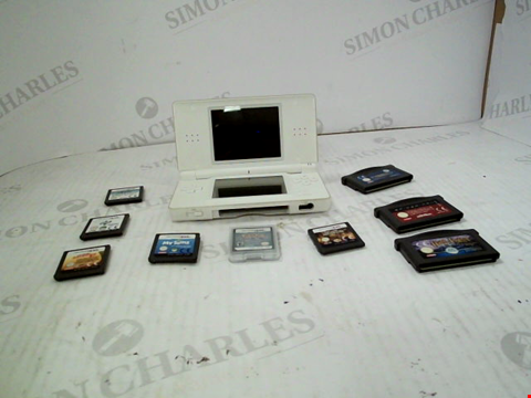 Lot 3029 NINTENDO DS AND SELECTION OF GAMES