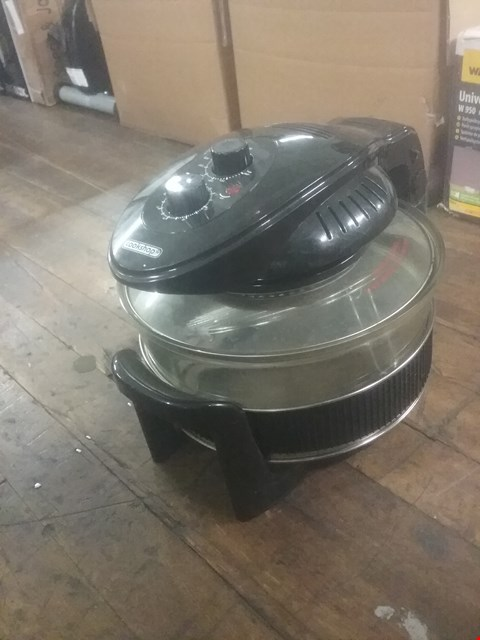 Lot 70 COOKSHOP HALOGEN OVEN WITH HINGED LID