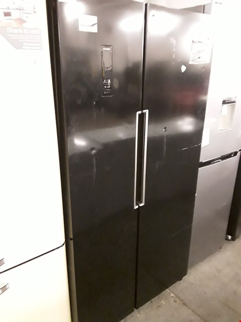 Lot 64 SWANSR15640B TOTAL NO FROST 90CM AMERICAN STYLE FRIDGE FREEZER - BLACK